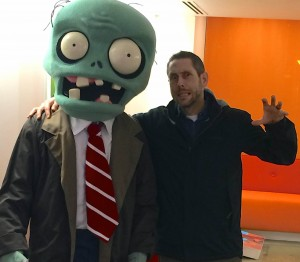 Jason Bay poses with a zombie by Rich Werner, 2D Artist